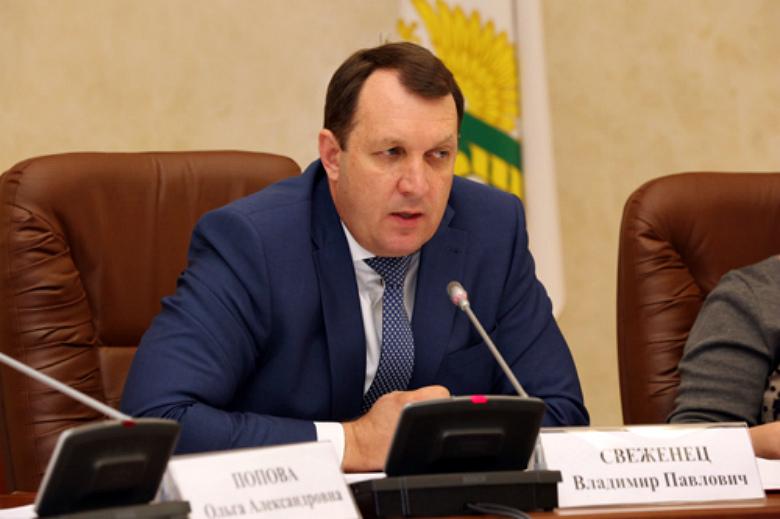Владимир Свеженец