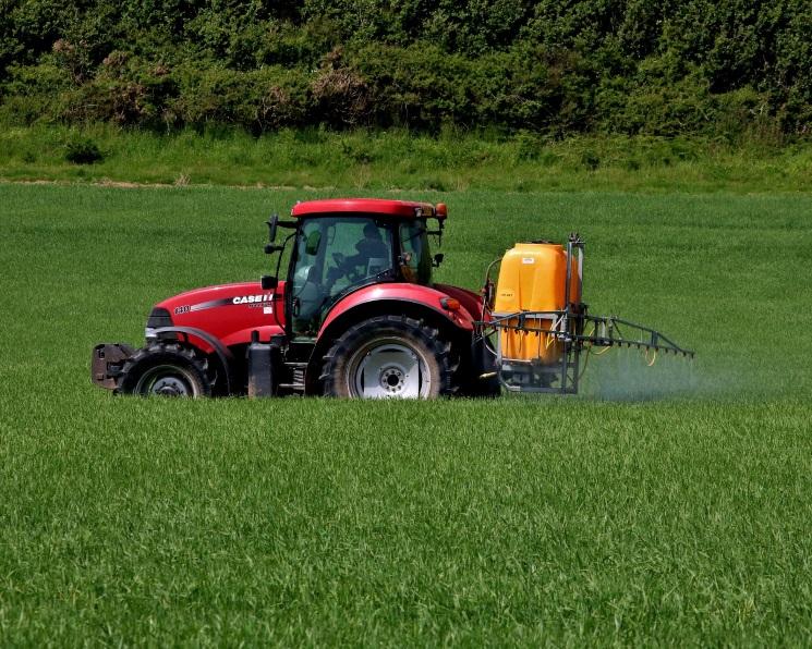 Продажи Bayer Crop Science в2017 году могут составить около 10млрдевро