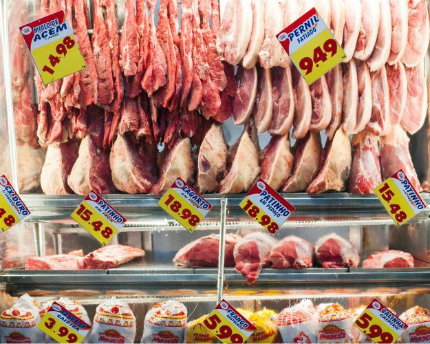 Россия усилила контроль качества мяса изБразилии