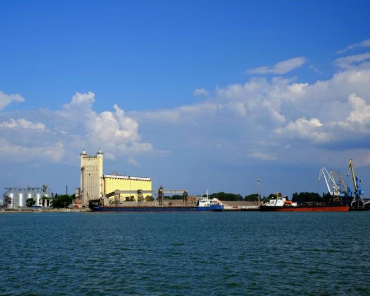 «КЗП-Экспо» всезоне-2017/18 планирует вывезти до2 млн тонн зерна
