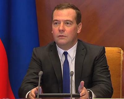 Медведев подписал распоряжение осубсидировании растениеводства