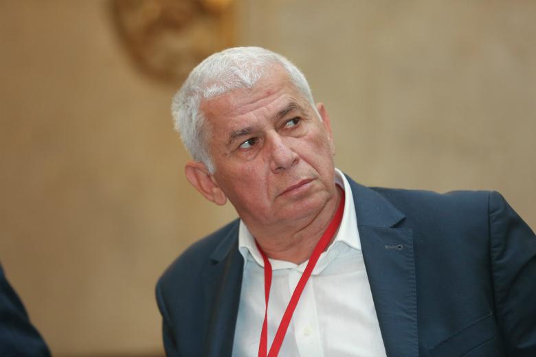 Александр Неженец