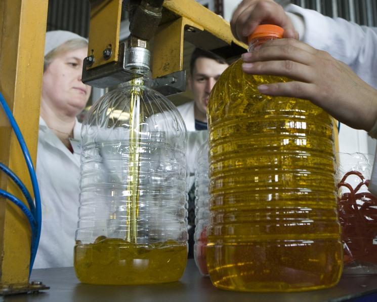 По итогам сезона производство подсолнечного масла может достигнуть 4,5 млн тонн