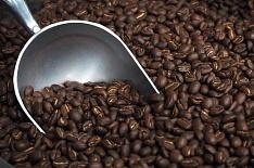 Цены на кофе упали до 12-летнего минимума