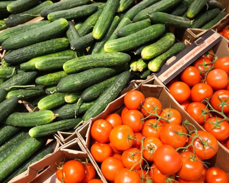 «Единая Россия»: за две недели нужно добиться снижения цен на овощи