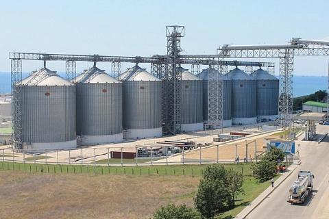 ВТБ подтвердил планы покупки 50% зернового терминала Тамань