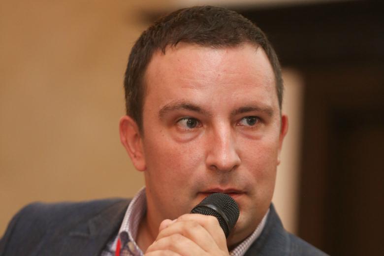 Дмитрий Гарнов