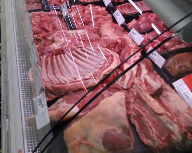 Среднее потребление мяса вэтом году превысит 75кг