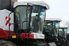 Правительство выделило 2 млрд рублей на покупку сельхозтехники