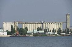 Агрохолдинг Владимира Евтушенкова приобрел элеваторы и портовый терминал