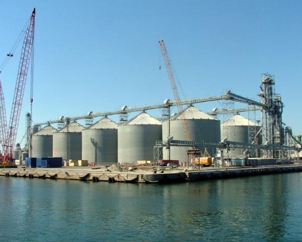 Впорту будет построен специализированный терминал врайоне устья Дона