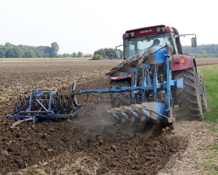 Аграриям будут возмещать часть затрат на ввод земель в оборот