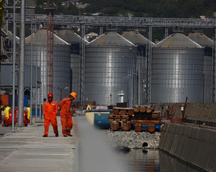 В порту Азов построят зерновой терминал стоимостью 2,6 млрд рублей