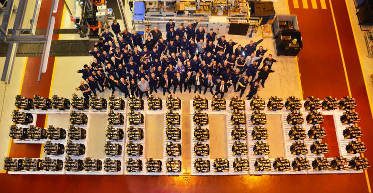 Партнерский материал: Компания JCB выпустила 500-тысячный двигатель