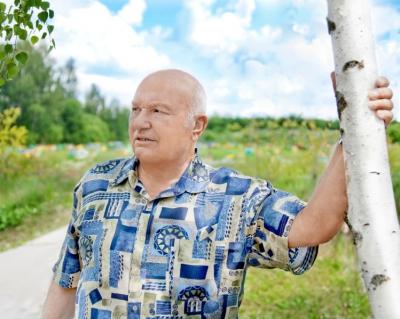 Ю. Лужков: «Явзялбы еще столькоже земли»