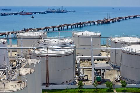 ВТБ и «Эфко» построят терминал в порту Тамань