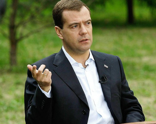 Новый закон оподдержке садоводства облегчит жизнь дачников— Д. Медведев