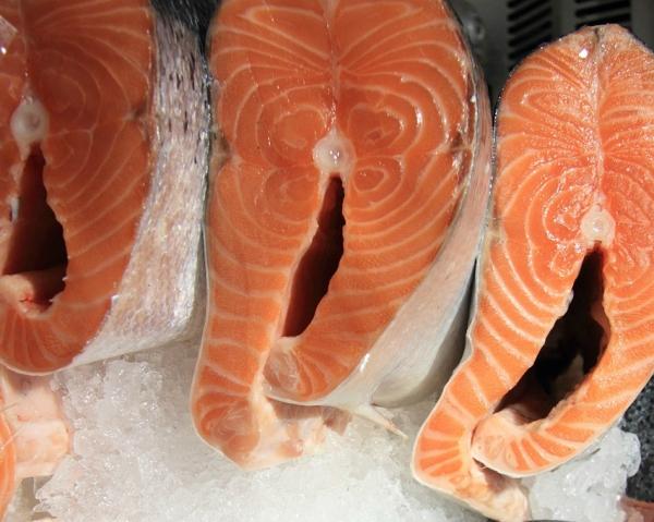 Импорт и экспорт рыбы сокращаются