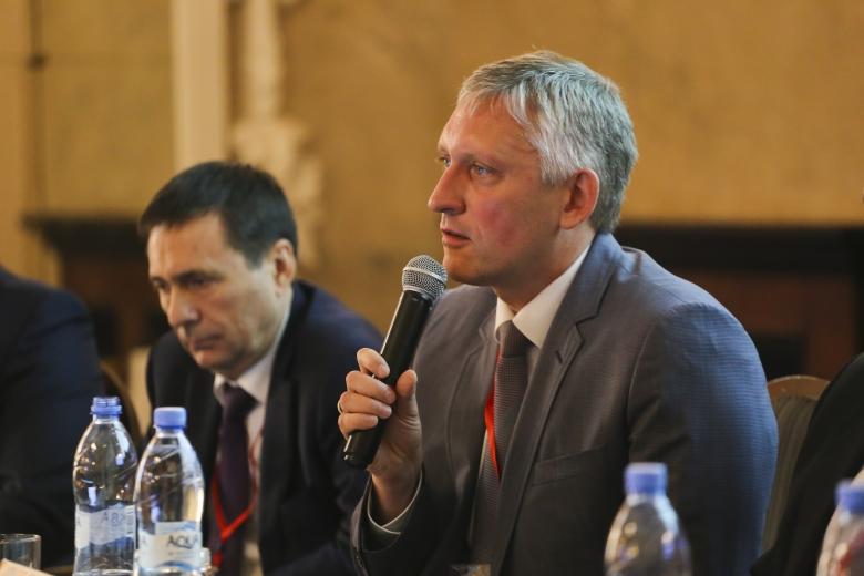 Дирк Зеелиг, председатель, Комитет по АПК Ассоциации европейского бизнеса