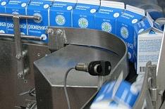 Медведев поддержал маркировку молочной продукции