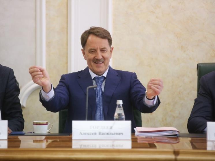 Алексей Гордеев: Минфин не понимает важность программы развития села