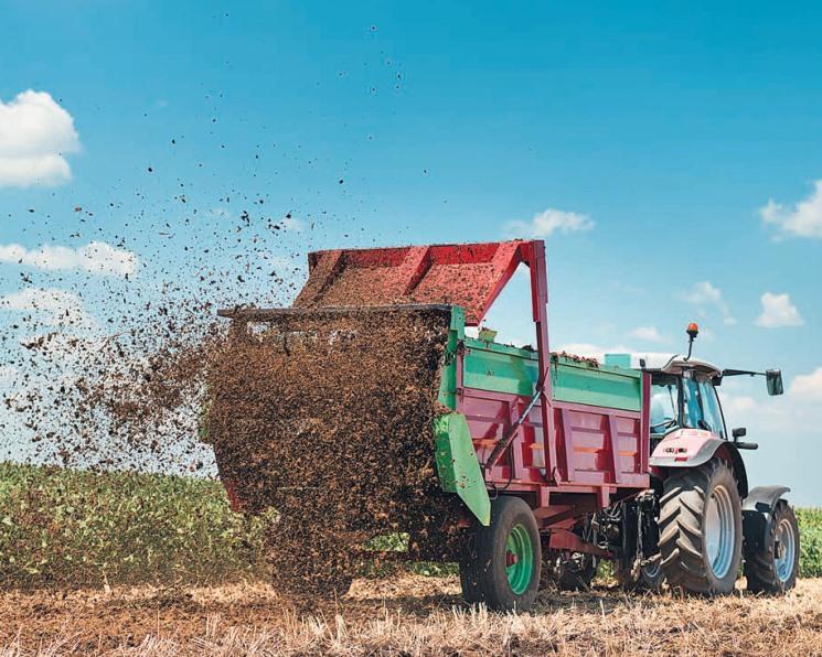 Отход или ценный продукт? Как бизнес выполняет требования природоохранного законодательства при использовании навоза и помета