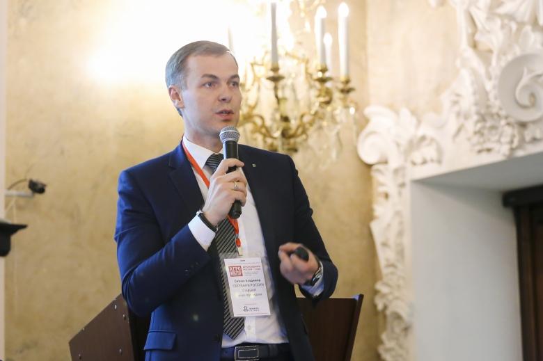 Владимир Ситнов, старший вице-президент, Сбербанк России
