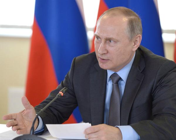 Путин позавтракал смеханизаторами вполе