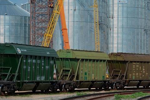 Компании из группы ВТБ будут развивать маршрутизацию зерновых перевозок