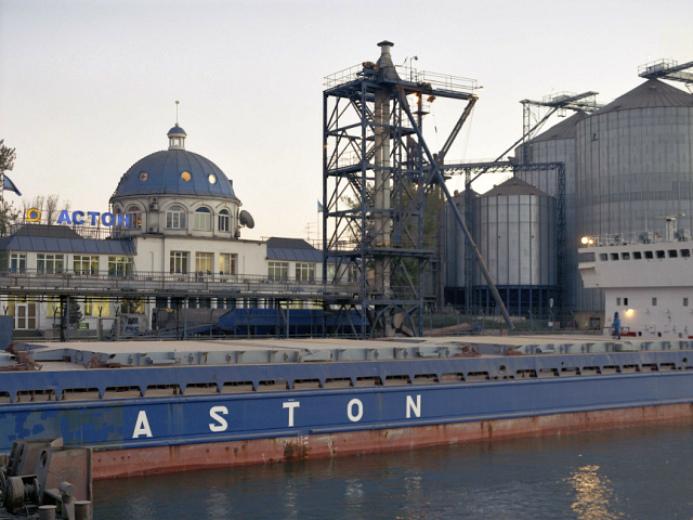 Астон— 1,444 млн т