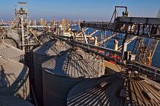 Экспорт зерна наэкваторе сезона. Всезоне-2017/18 Россия вывезет 47 млн т, что лишь на3 млн тменьше еепотенциала