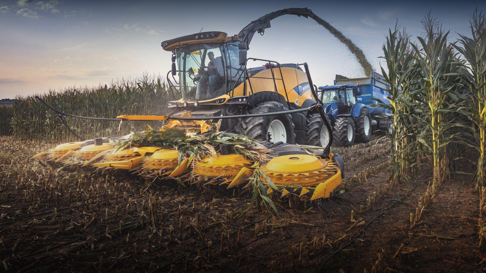 Отзывы сельхозпроизводителей о кормоуборочных комбайнах серии New HollandFR