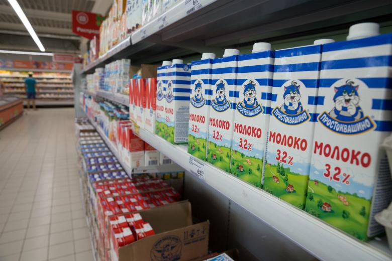 Потребление молока продолжает падать