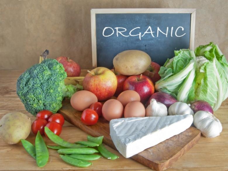Август— принят закон об органической продукции