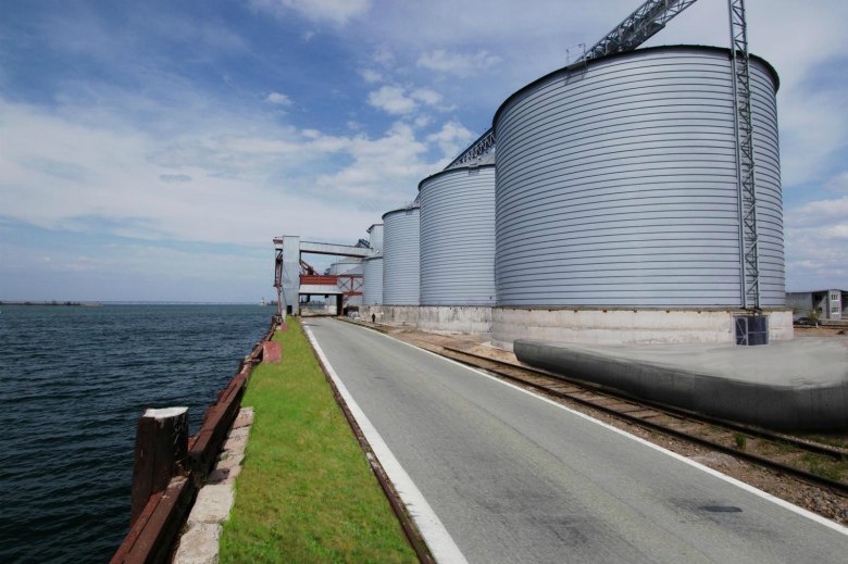 Зерно-трейд— 1,2 млн т