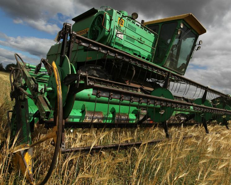 Аграрии вырастили 140 млн тонн зерна
