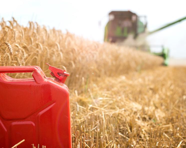 Аграриям компенсируют часть затрат на дизельное топливо