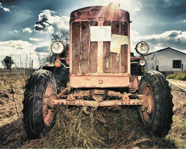 Утилизация по-русски: кому мешает утилизационный сбор на сельхозтехнику