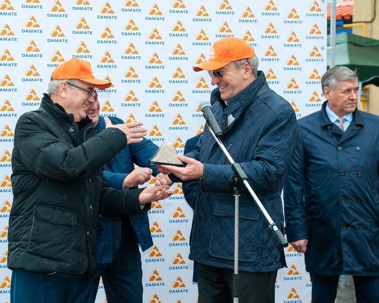 Новость партнера. ГК «Дамате» открыла новый комбикормовый завод и элеватор