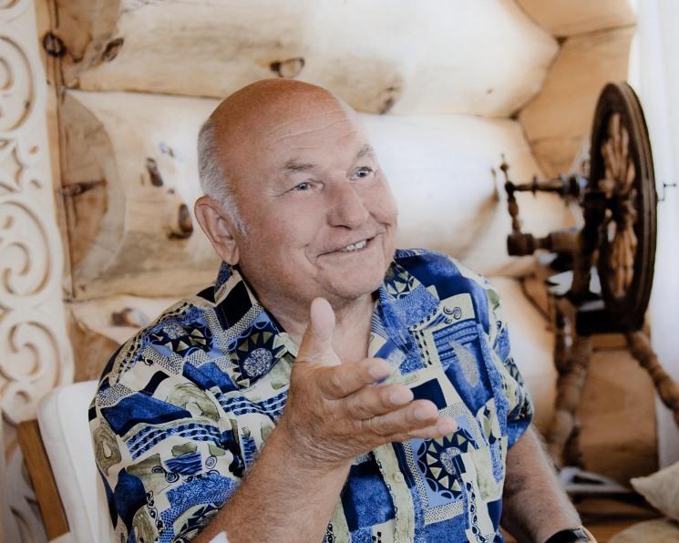 Юрий Лужков запускает производство перепелиных яиц