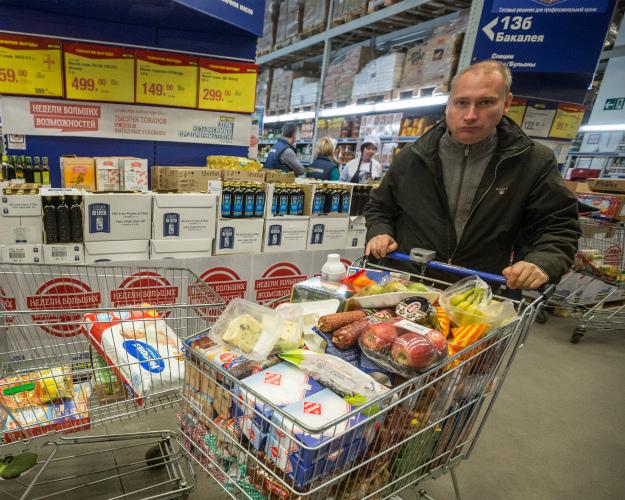 Практически четверть граждан России неодобряют продэмбарго