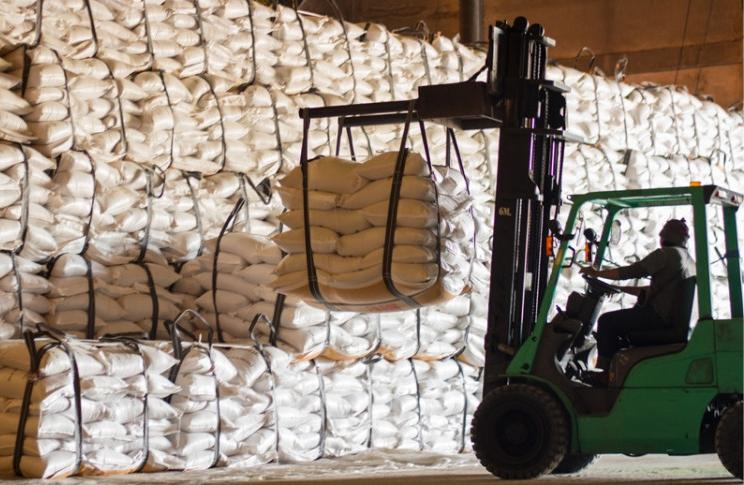 Россельхозбанк выставил на продажу сахарные активы