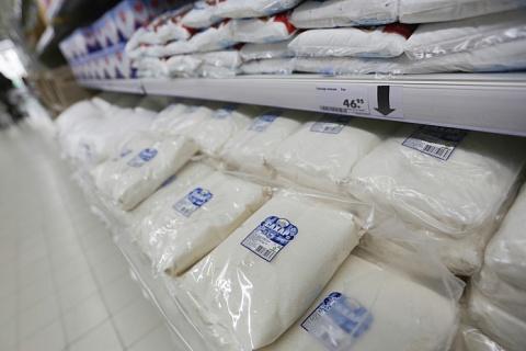 Сахар в рознице перестал дешеветь