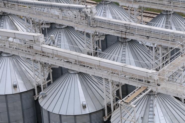 ОЗК готовится к товарным зерновым интервенциям
