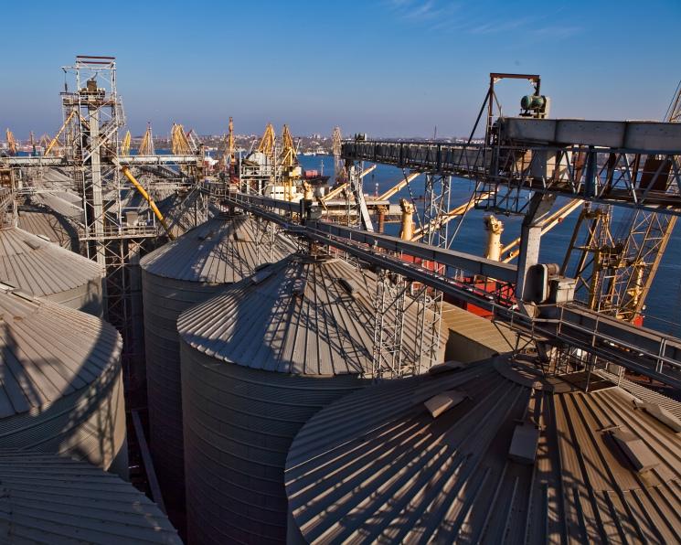 Экспорт зерна на экваторе сезона. В сезоне-2017/18 Россия вывезет 47 млн т, что лишь на 3 млн т меньше ее потенциала