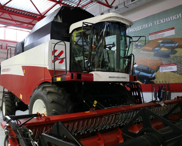 Минпромторг предложил увеличить экспорт сельхозтехники вчетыре раза