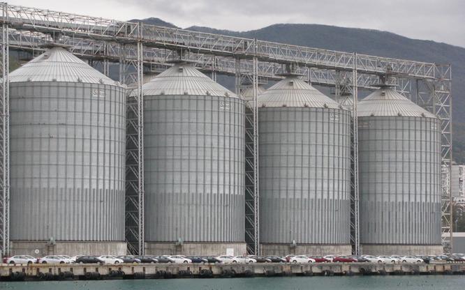 Зерновой терминал «КСК» инвестирует 3 млрд рублей впортовую инфраструктуру