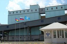 ВТБ получил долю «Суммы» в ОЗК