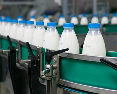 Белоруссия заливает молоком