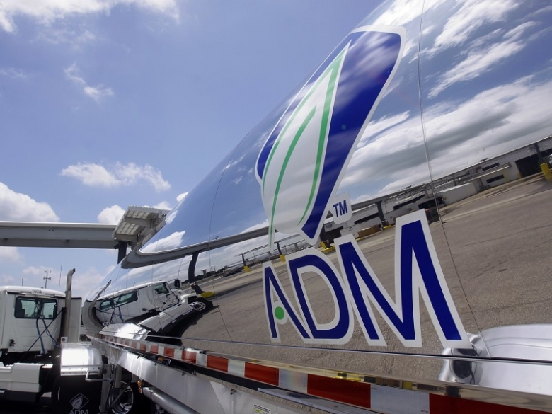 Февраль— сделка ADM и «Астон»